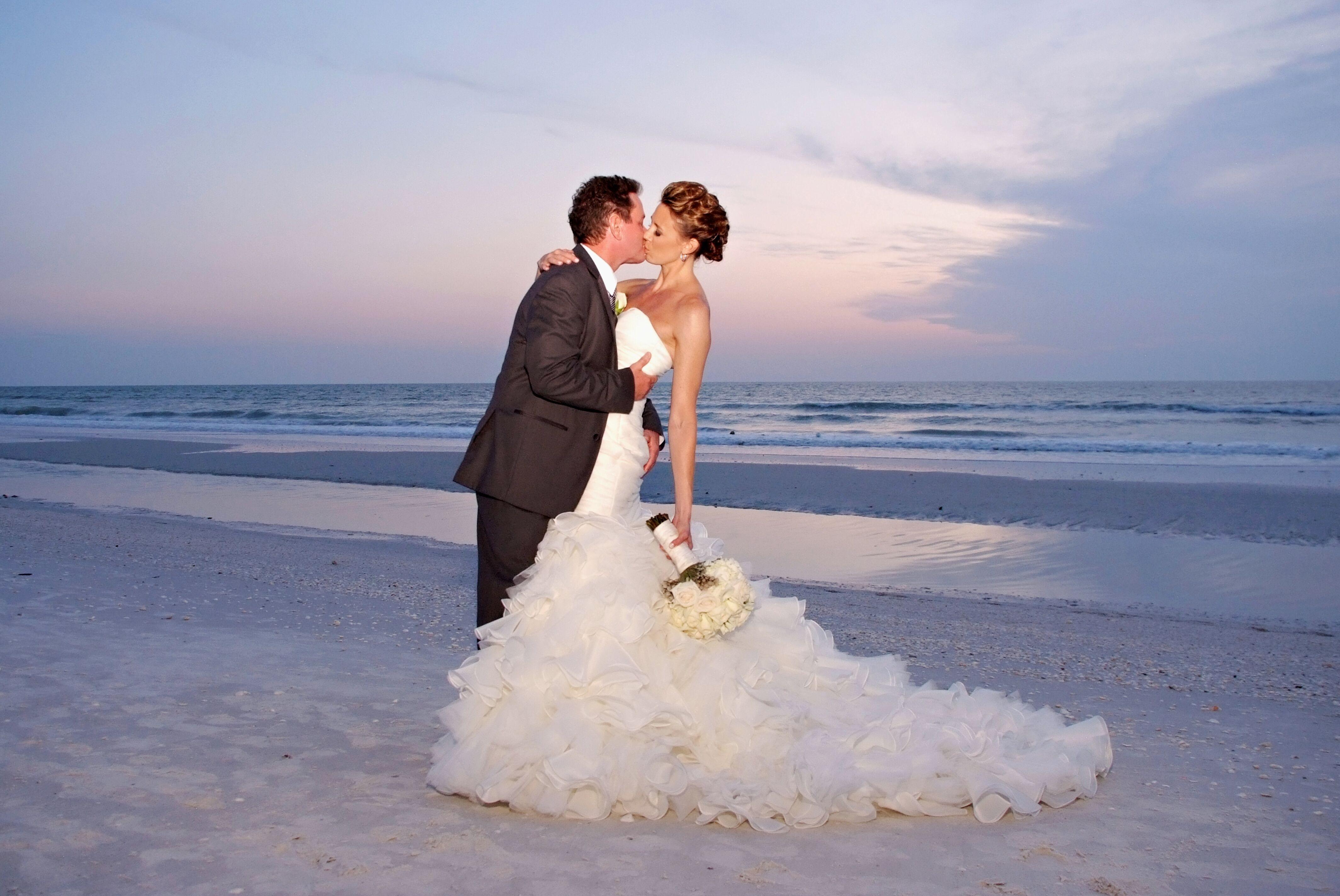 A Destination Wedding At Marco Beach Ocean Resort In Marco