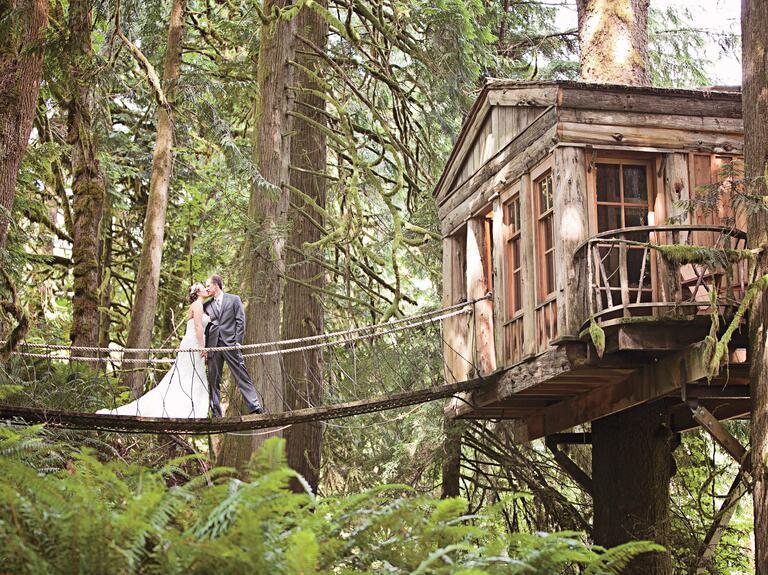 Rustic Wedding Venue In Large Barn