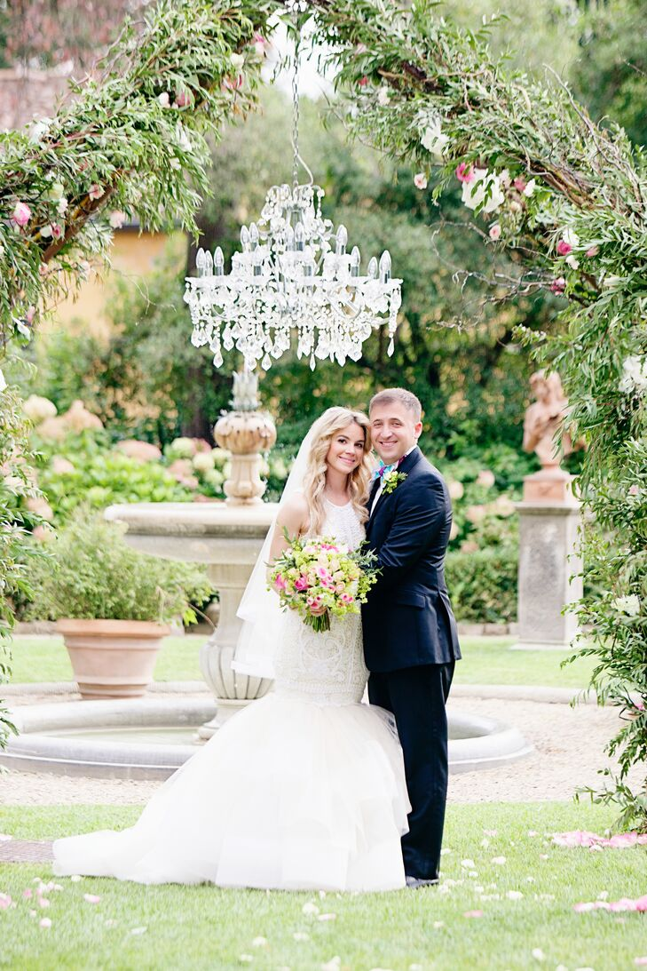 We love this glamorous, garden-inspired destination wedding. Amanda Perna (28 and a fashion designer) and Solomon Strul (28 and a TV commercial produc