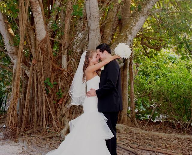 A Traditional Wedding At Tween Waters Inn In Captiva Island Florida