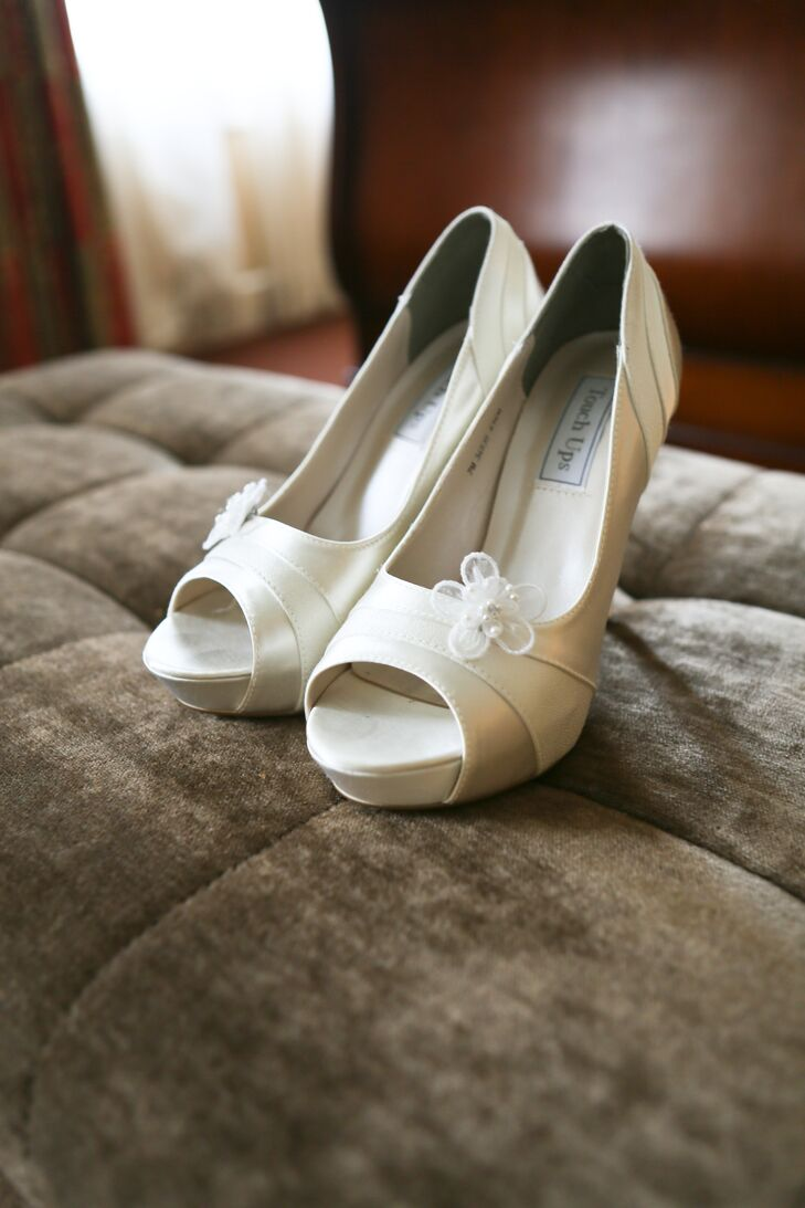Ivory Open-Toed Bridal Shoes