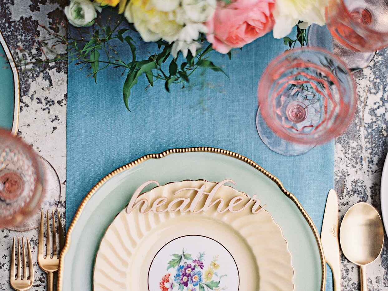 16 Dos and Don'ts of Planning a Bridal Shower