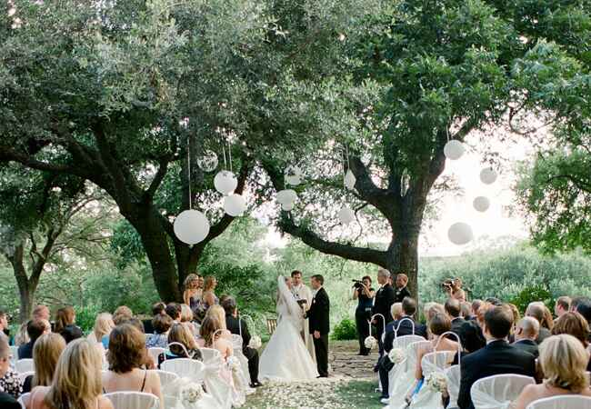 An Indoor Rustic Ceremony: 15 Rustic Ceremony Backdrops For Your Woodland Wedding