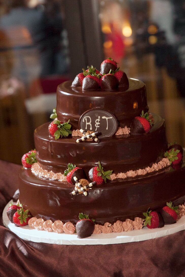 wedding cakes with chocolate covered strawberries on top tiered chocolate wedding cake with chocolate covered 26006