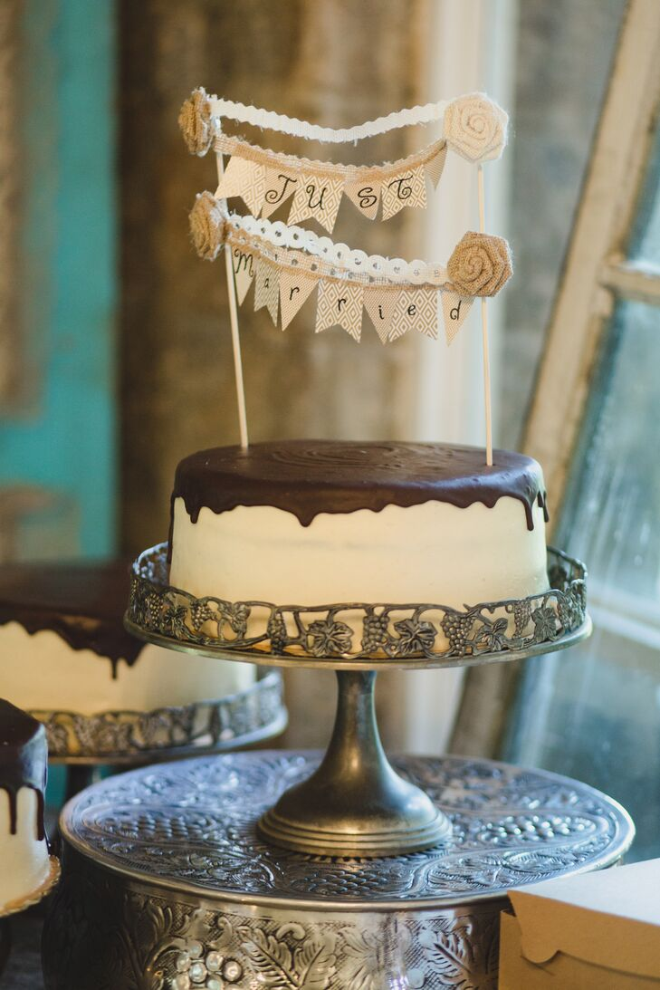 Brick Street Cafe Wedding Cake