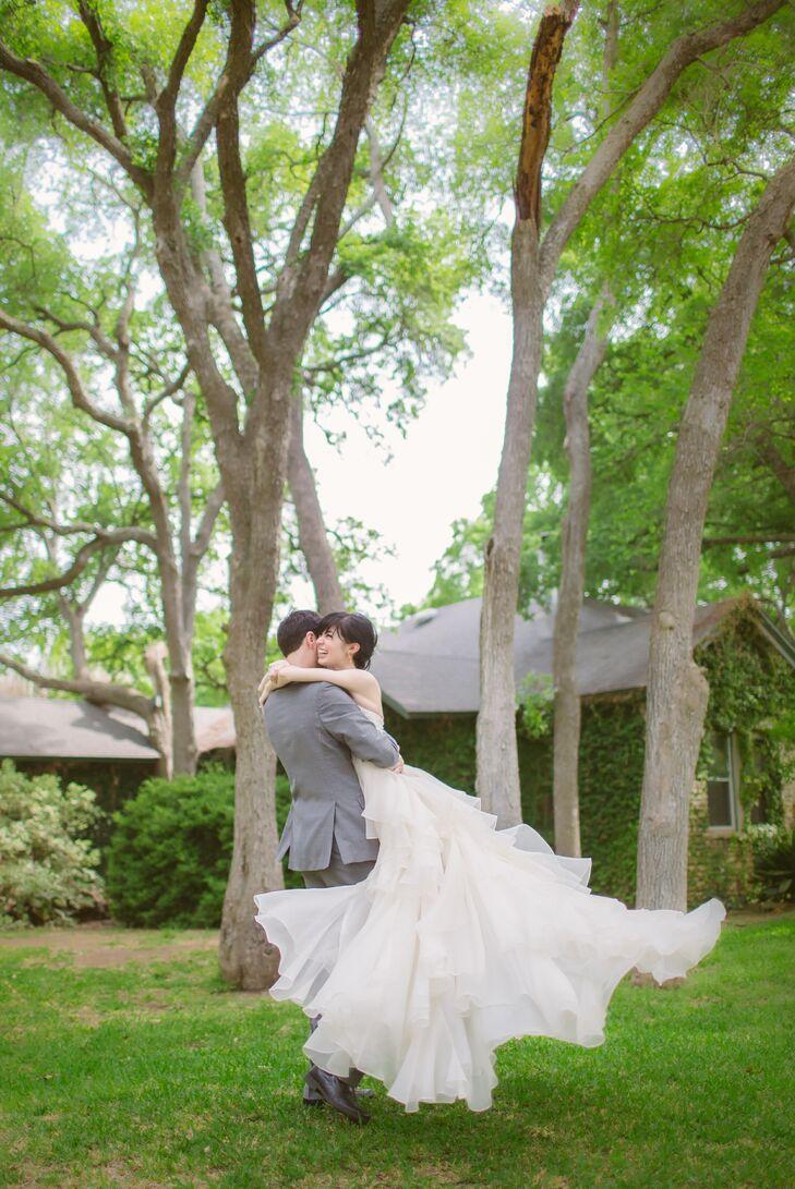 A Diy Garden Wedding At Hummingbird House In Manchaca Texas