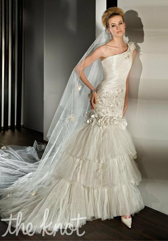 Demetrios 2852 Wedding Dress photo