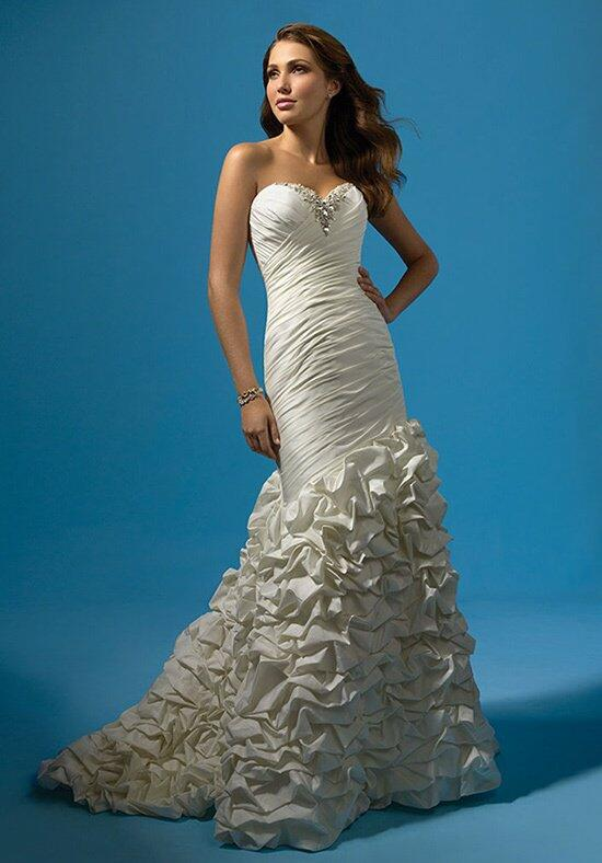 Alfred Angelo Signature 2117 Wedding Dress photo