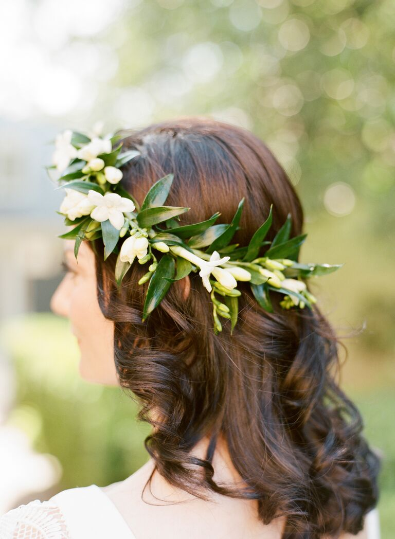 Destination wedding DIY hair-flower crown
