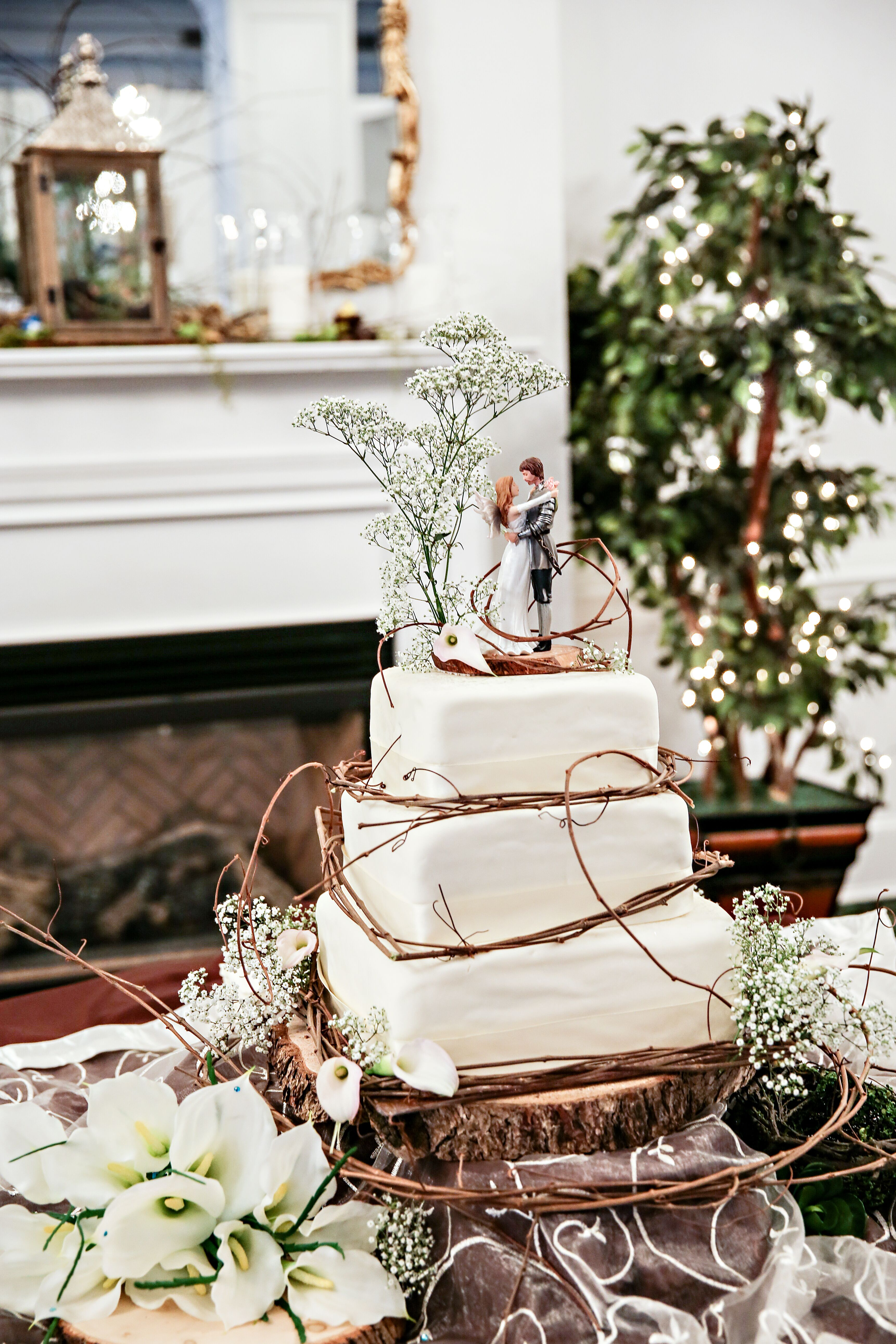 square rustic wedding cakes rustic square wedding cake with twig accents 20366