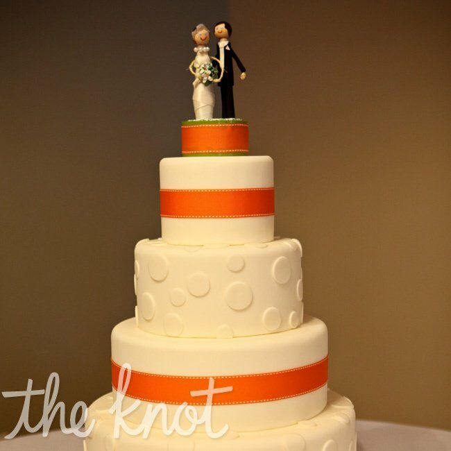 orange and white wedding cakes orange and white wedding cake 18042