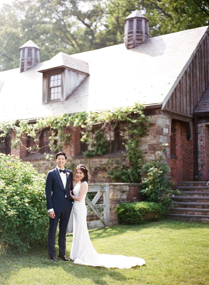 A Whimsical Spring Wedding At Blue Hill Stone Barns In Tarrytown New York