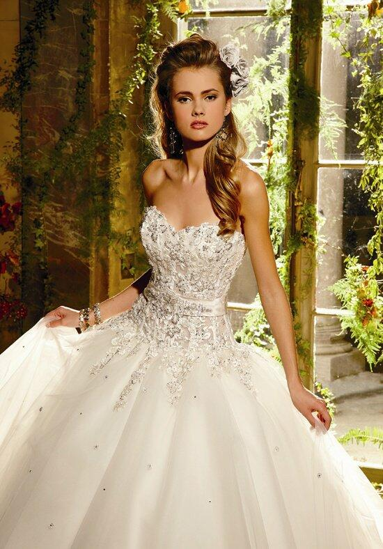 EVE OF MILADY BOUTIQUE 1450 Wedding Dress photo