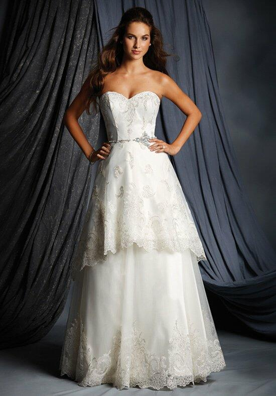 Alfred Angelo Signature 2512 Wedding Dress photo