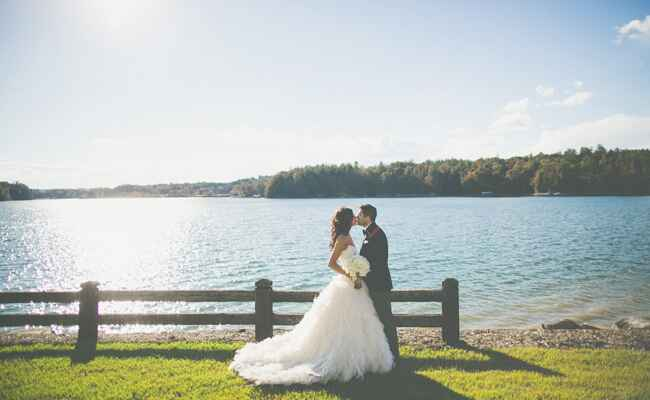 Lakeside Couple Photo | The Schultzes | The Knot Blog