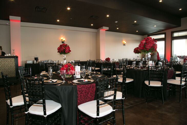 Sophisticated Black And Red Reception Decor At Waterpoint Marina
