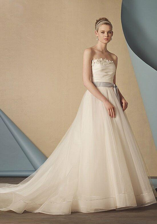 Alfred Angelo Signature 2435 Wedding Dress photo