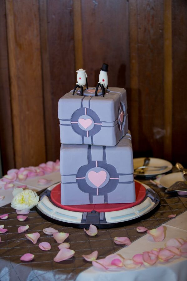 video game portal 2 wedding cake. Black Bedroom Furniture Sets. Home Design Ideas