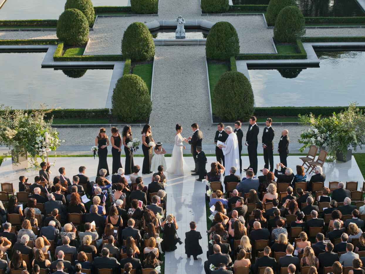 The 14 Most Popular Wedding Reception Venues (And Why They Were Booked)