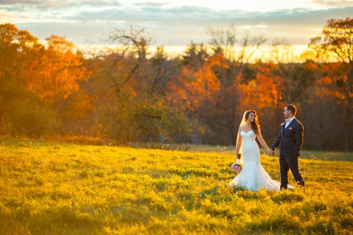 The day's welcoming color scheme of warm autumn tones was complemented by the sunset.
