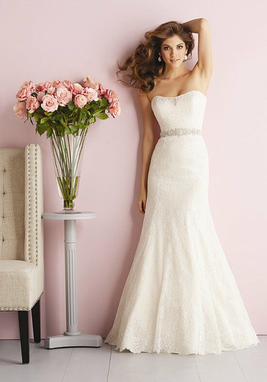 Allure Romance 2703 Wedding Dress photo