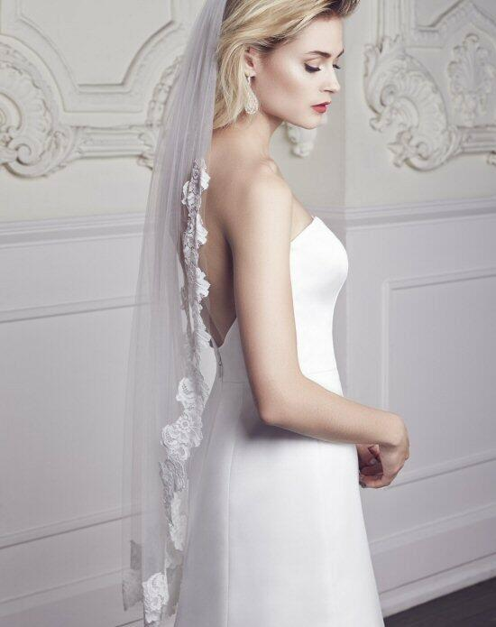 Mikaella by Paloma Blanca Veils Collection VM454F Wedding Veils photo