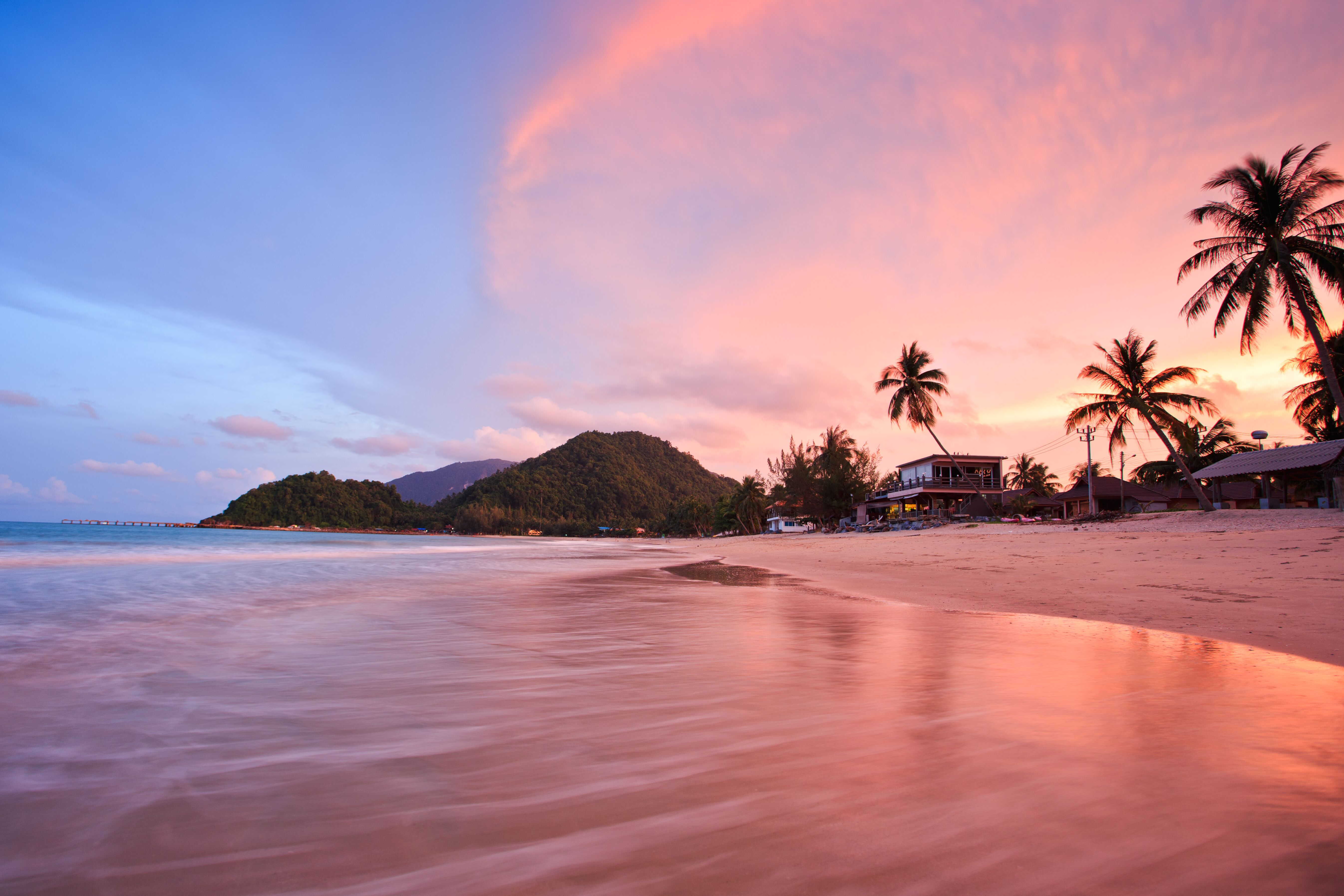 Best Honeymoon Spots For Sunsets