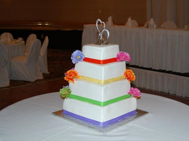 wedding cakes des moines iowa iowa weddings 24197
