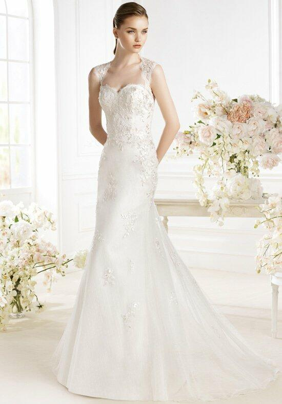 AVENUE DIAGONAL Palaem Wedding Dress photo