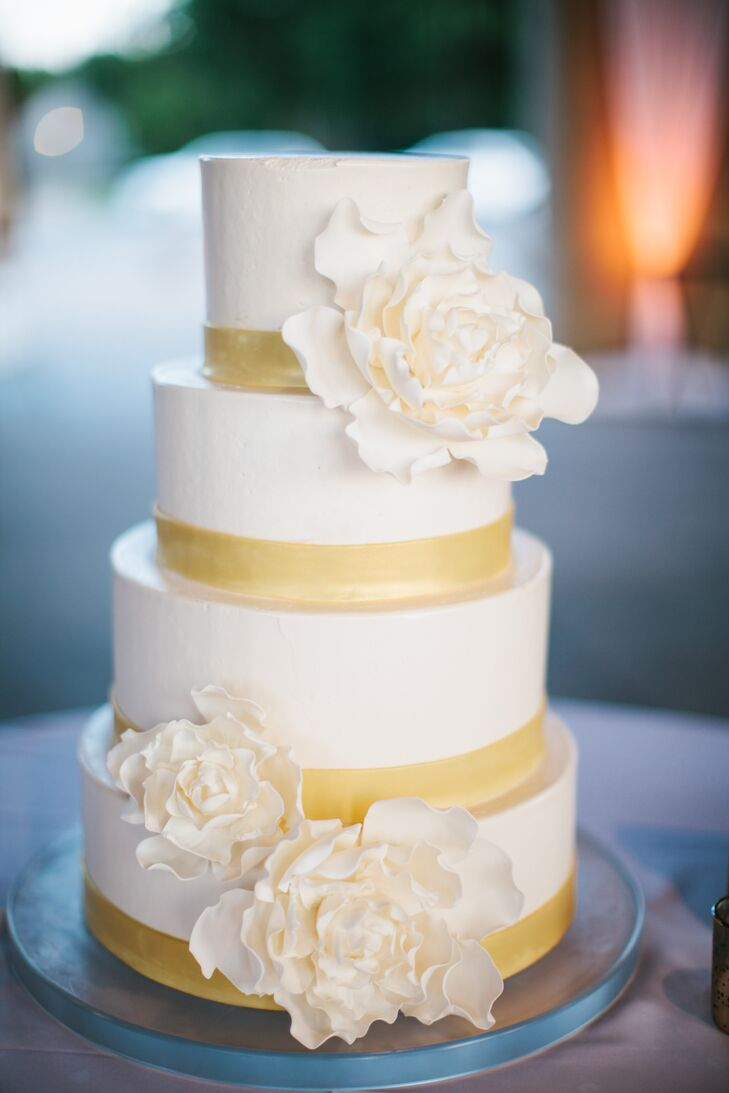 White Fondant Wedding Cake with Peony Sugar Flowers