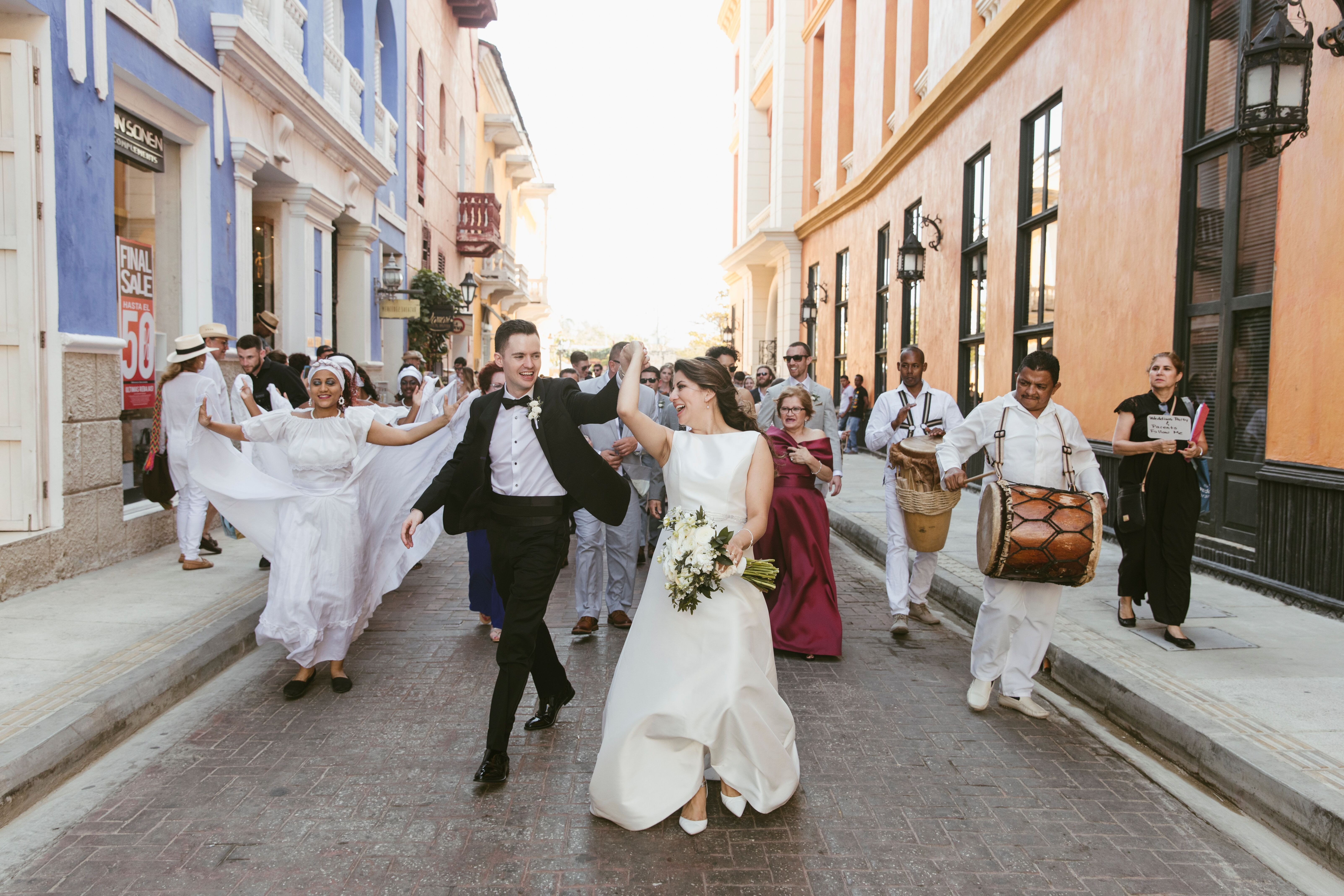 A Rustic Destination Wedding At A Historic Estate In Cartagena