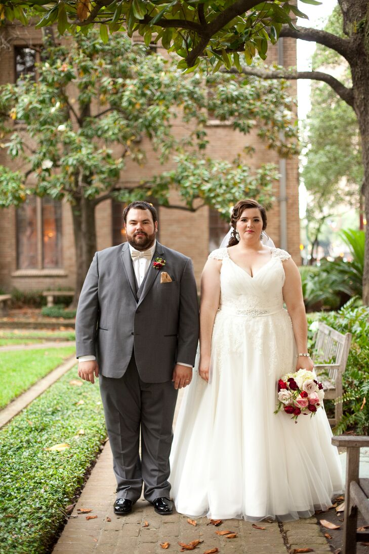 A 1940s Themed Clic Wedding At Crystal Ballroom The Rice Hotel In Houston Texas