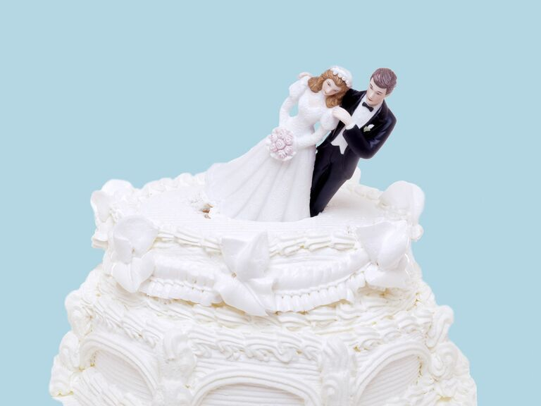 Wedding cake with bride and groom cake topper