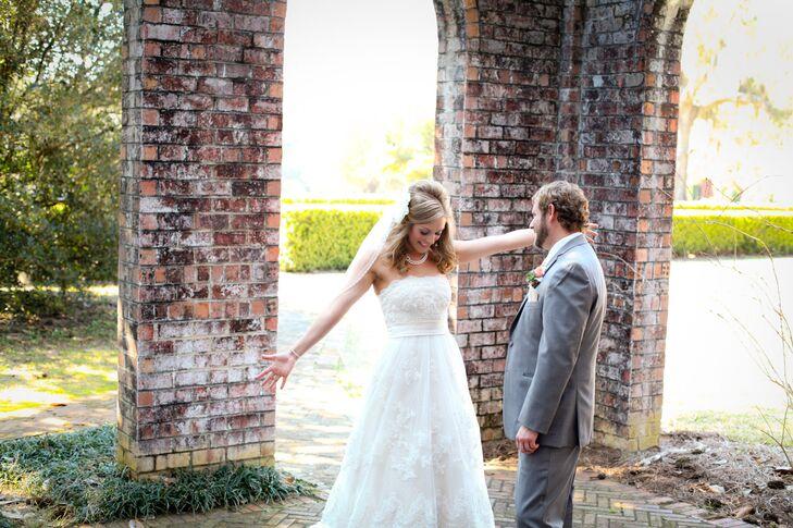Lace casablanca bridal wedding dress for Wedding dresses thomasville ga