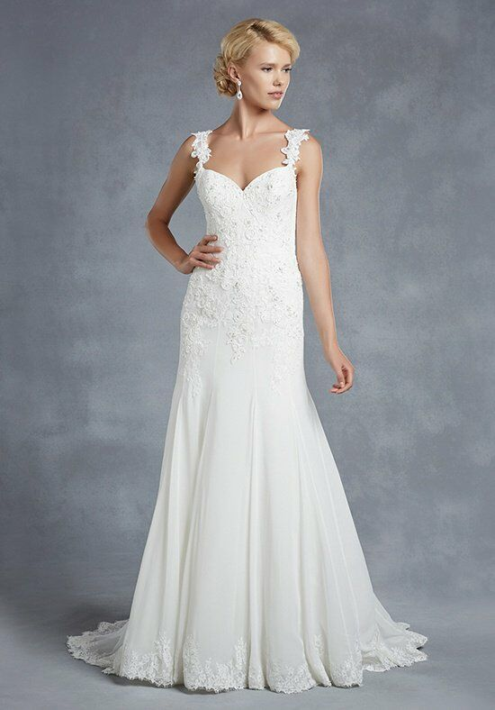 Blue by Enzoani Henderson Wedding Dress photo