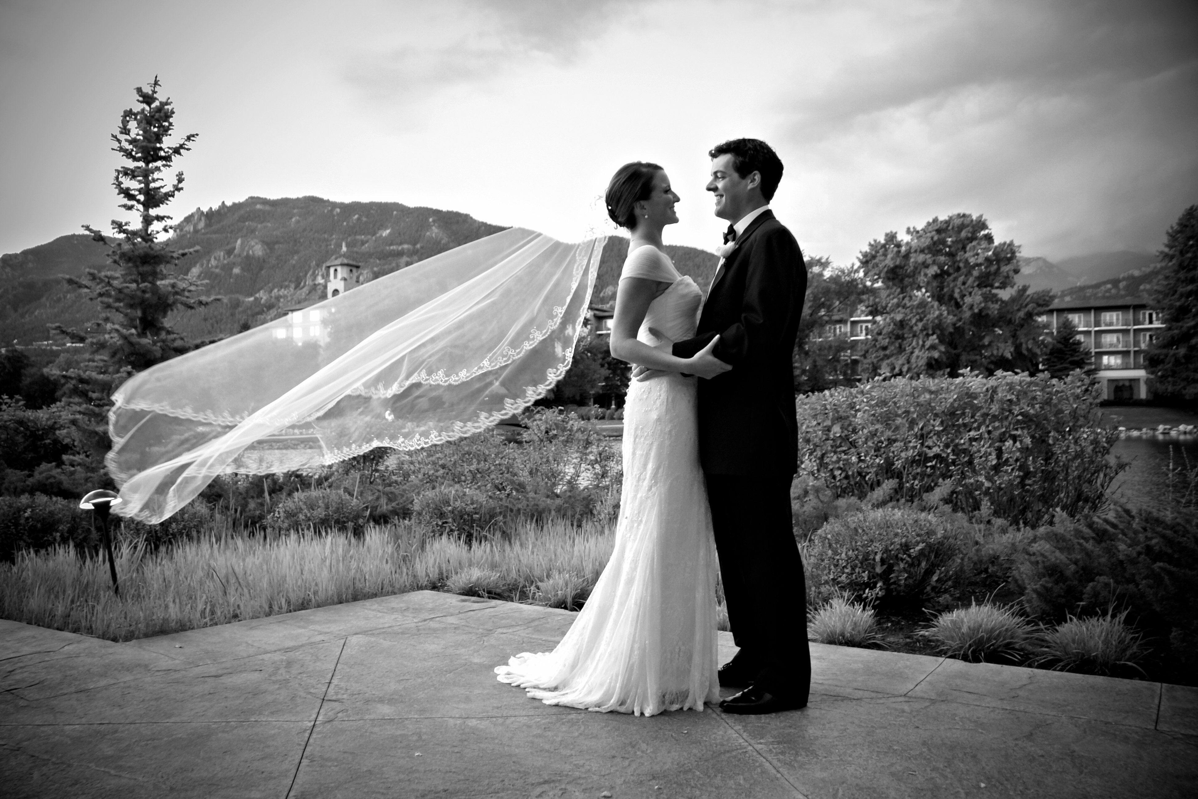 A Broadmoor Wedding In Colorado Springs Colorado