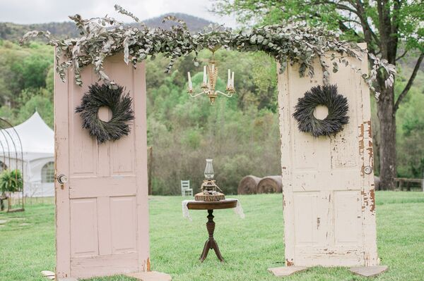 Vintage DIY Wedding Decorations + Accents