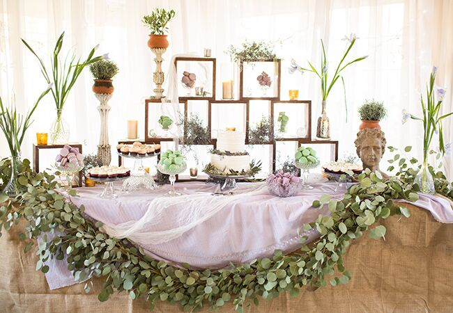how to make a bridal table arrangement