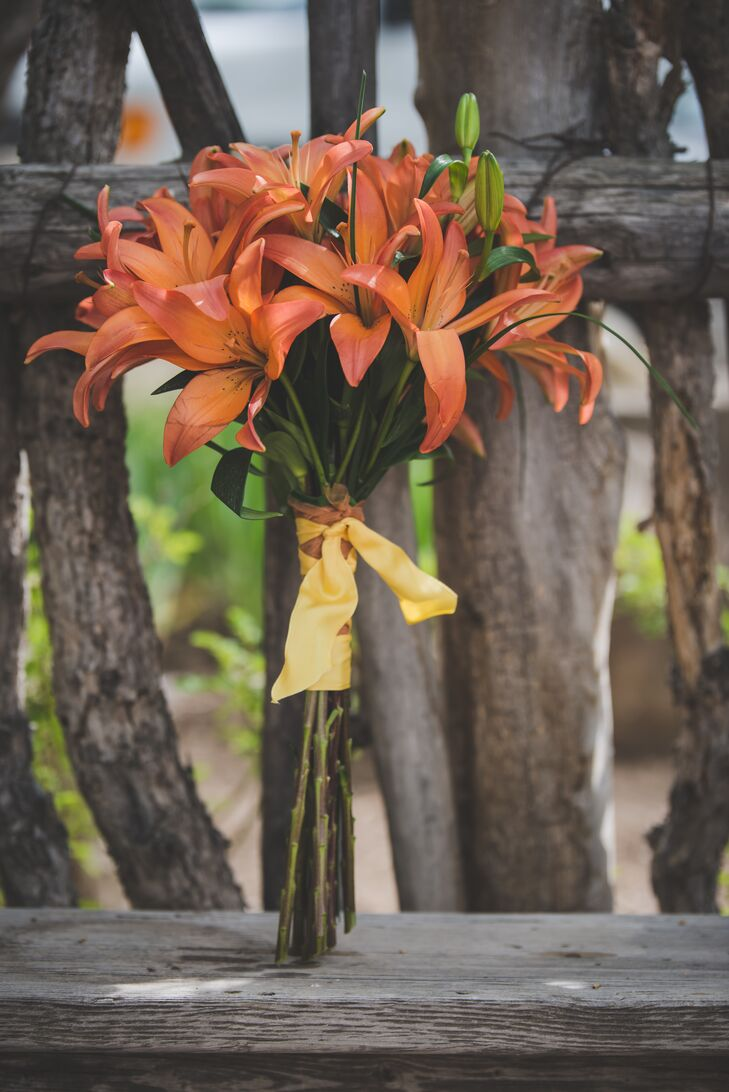 tiger lily bouquets weddings tiger bridal bouquet 8007