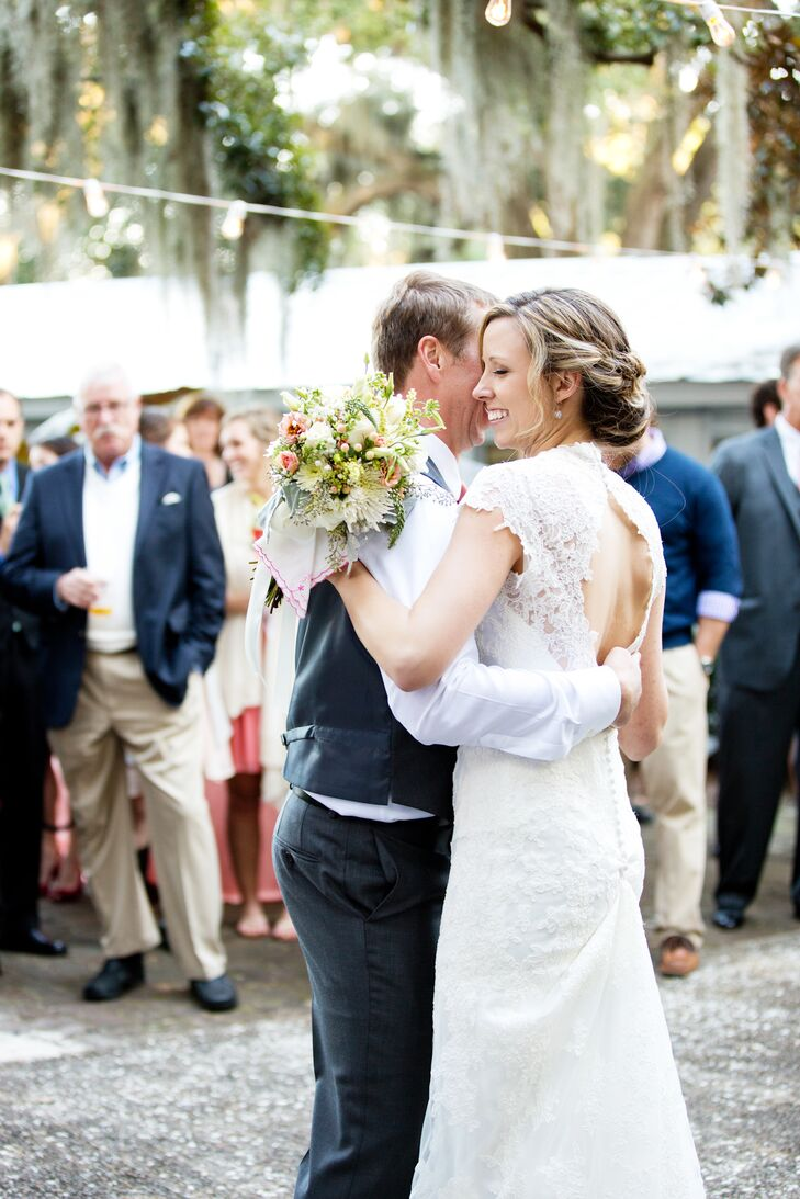 """My lace dress and our beautiful outdoor venue really pointed us in the relaxed-meets-antique direction,"" Amalie say."