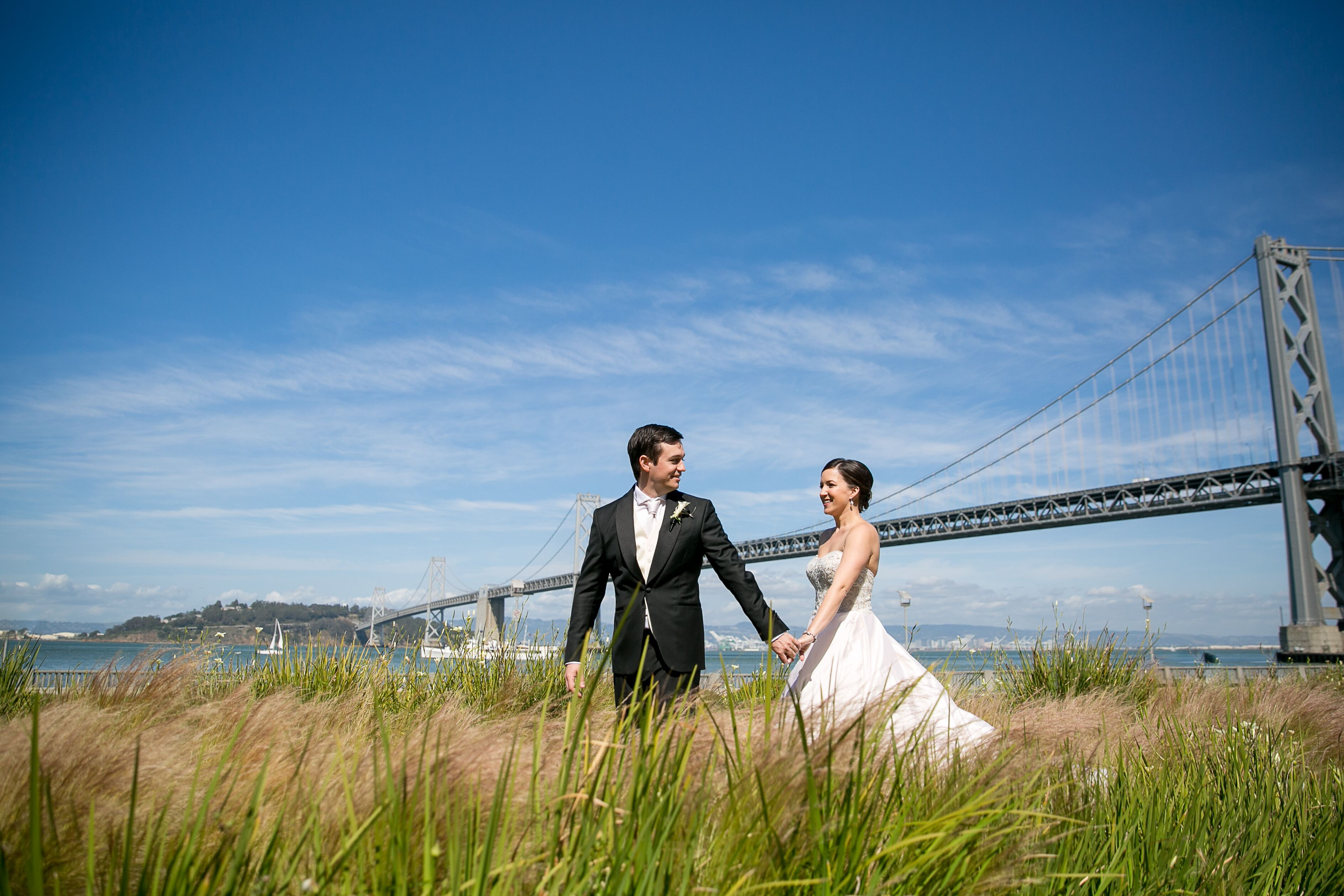 A Classic, Natural-Looking Wedding at Terra Gallery in San Francisco ...