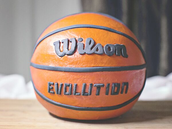 Basketball-themed groom's cakes