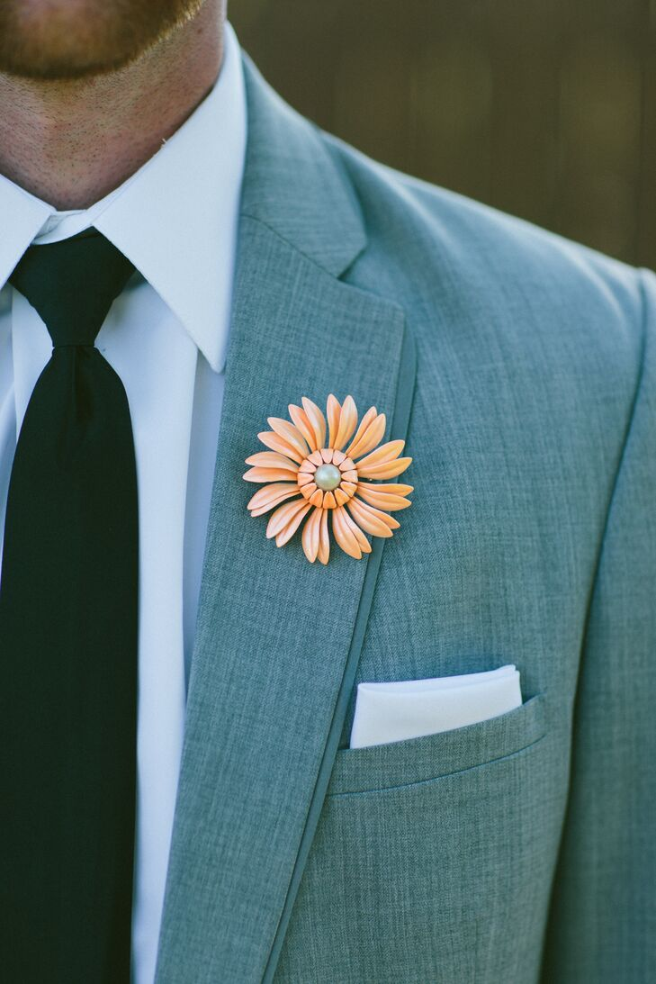 Floral Peach Brooch Boutonniere