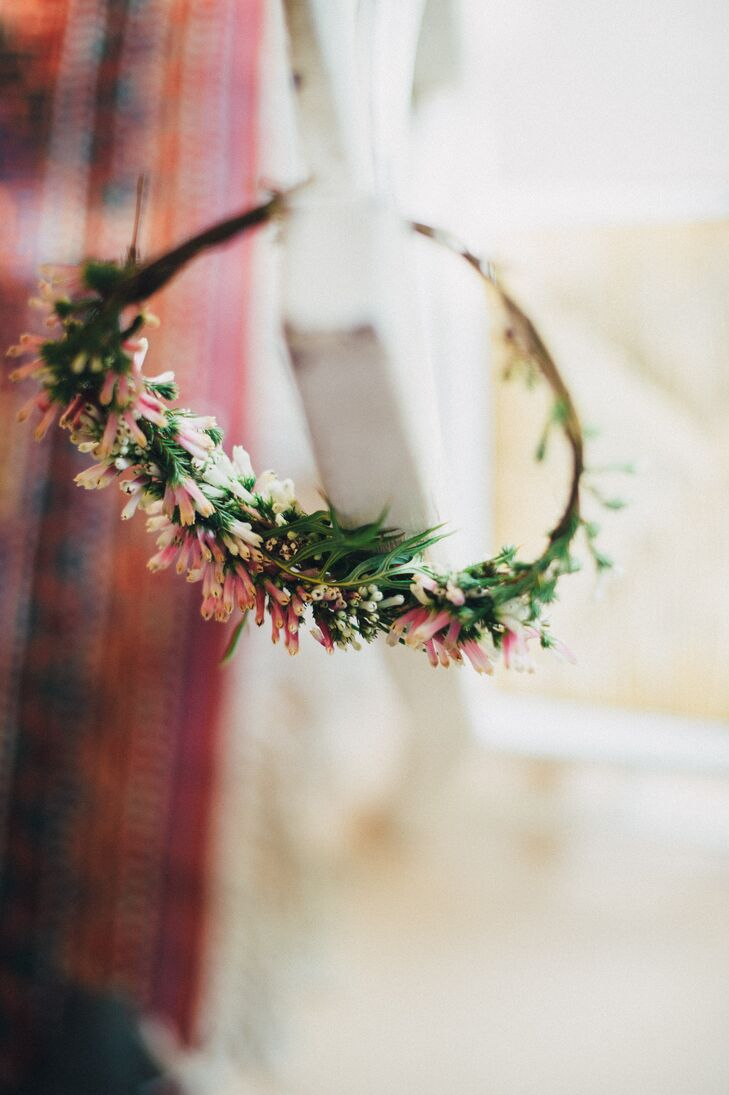 Whimsical diy wildflower crown izmirmasajfo