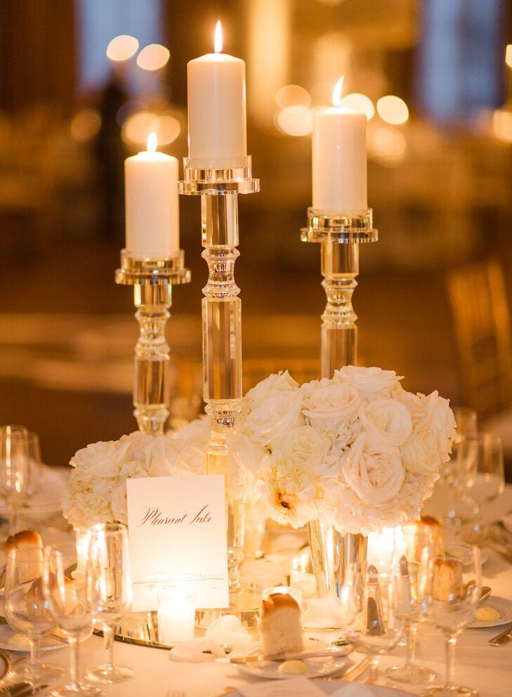 Pillar candle table decor
