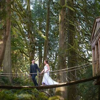 A Whimsical Woodsy Wedding in Issaquah