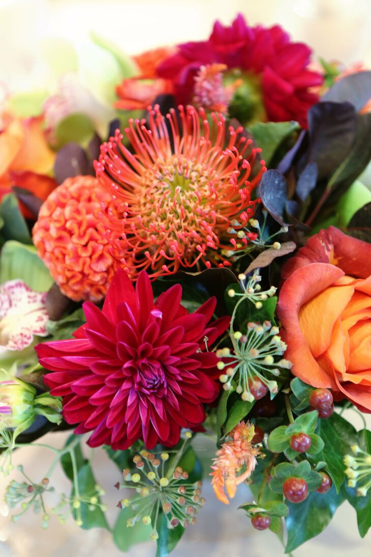 Pincushion protea and dahlia centerpieces