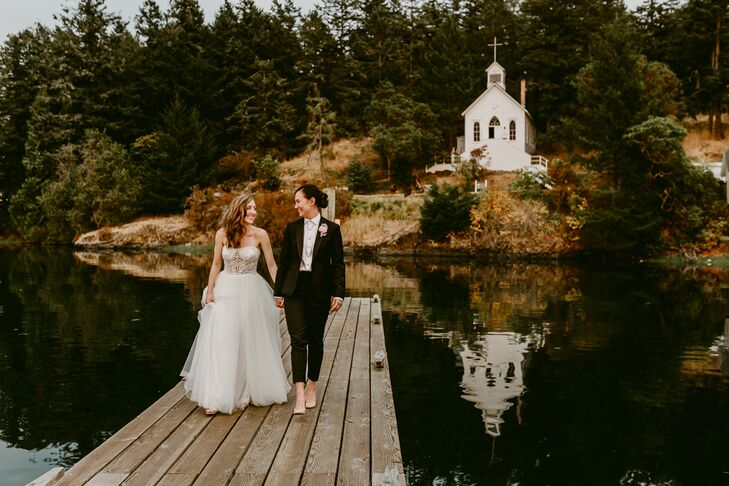 An Intimate Bohemian Wedding At The Roche Harbor Resort In San Juan Islands Washington