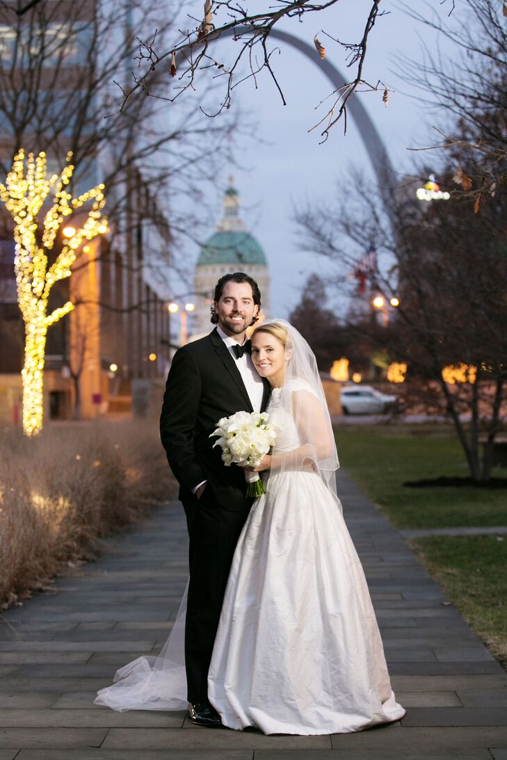 Formal Winter Wedding at Missouri Athletic Club in St. Louis, Missouri