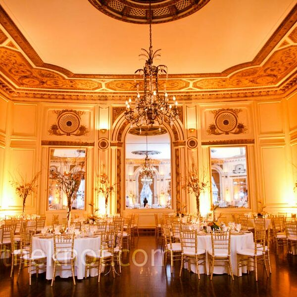 A Traditional Wedding In Detroit Mi: Curly Willow Centerpieces